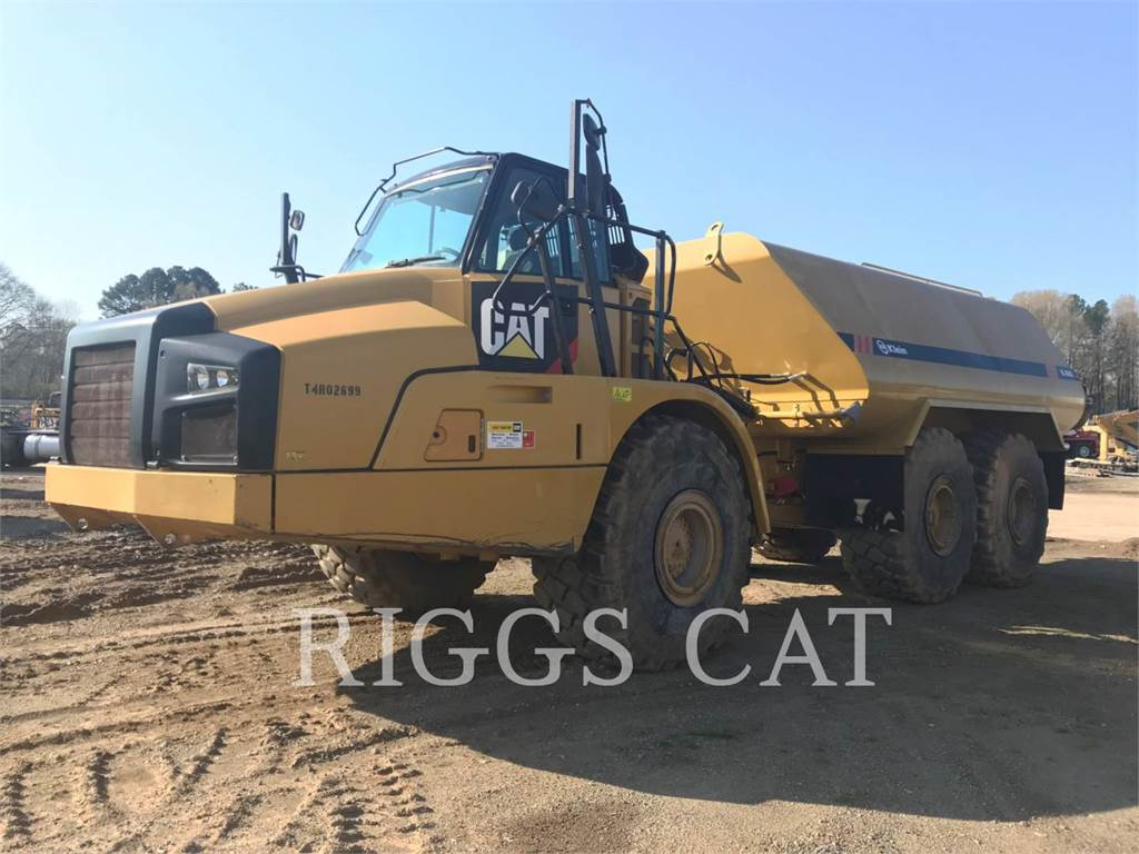 Caterpillar 740B WT, samochody-cysterny, Transport