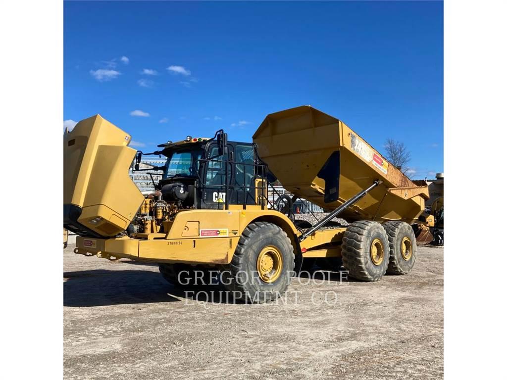 Caterpillar 745、铰接式自卸车、建筑设备