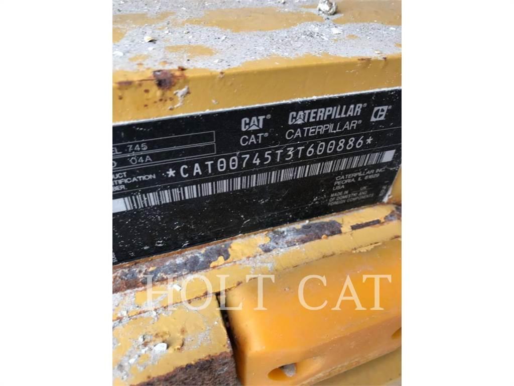 Caterpillar 745, Knik dumptrucks, Bouw