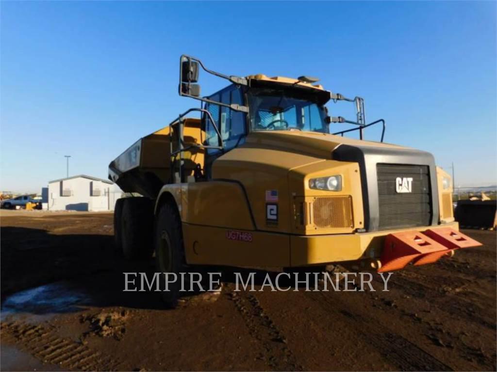 Caterpillar 745-04、アーティキュレート式ダンプトラック、建設