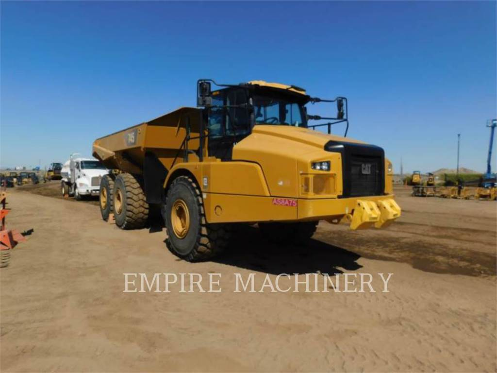 Caterpillar 745-04, Knik dumptrucks, Bouw