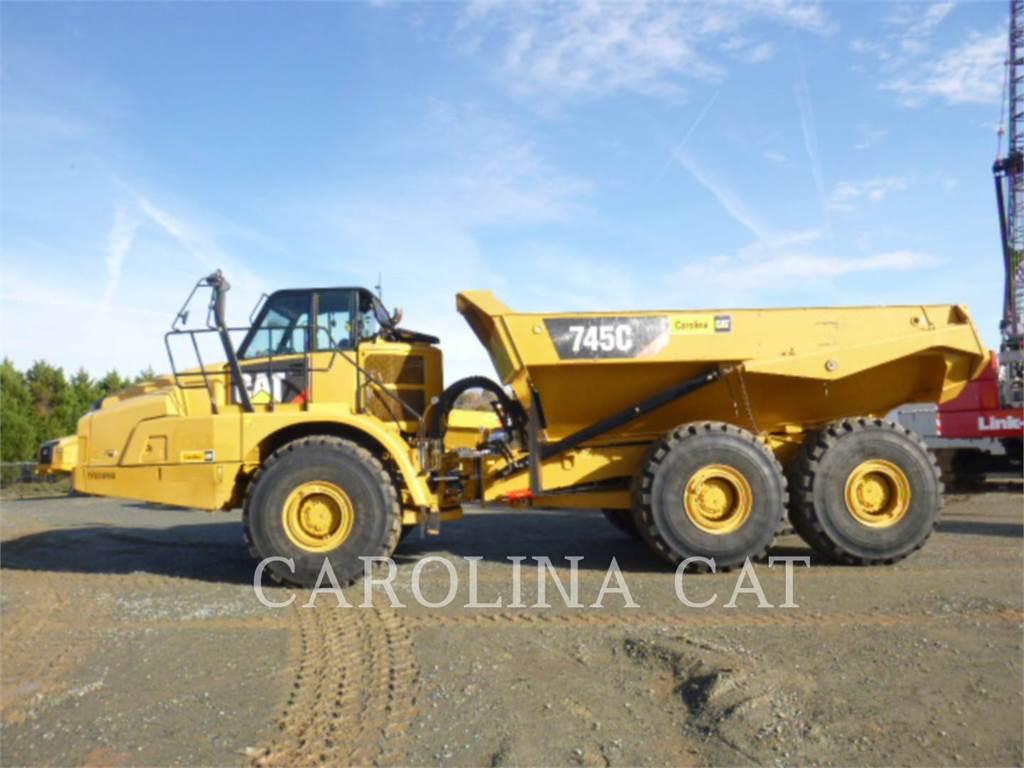 Caterpillar 745C TG, Dúmpers articulados, Construcción