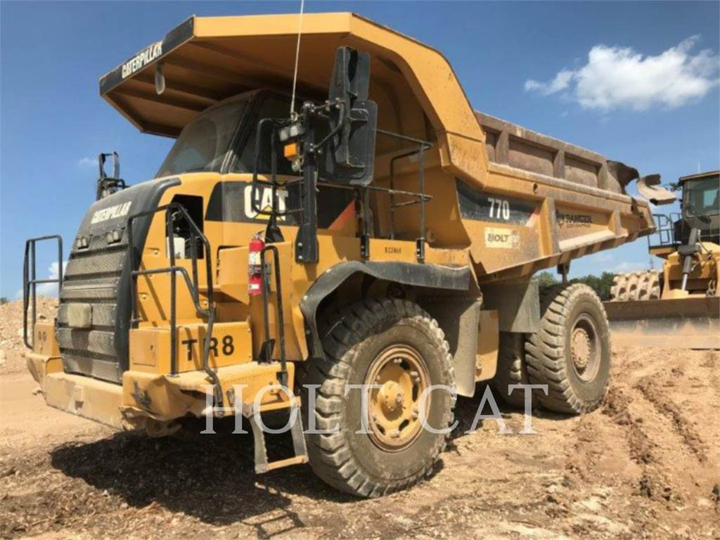Caterpillar 770, Knik dumptrucks, Bouw