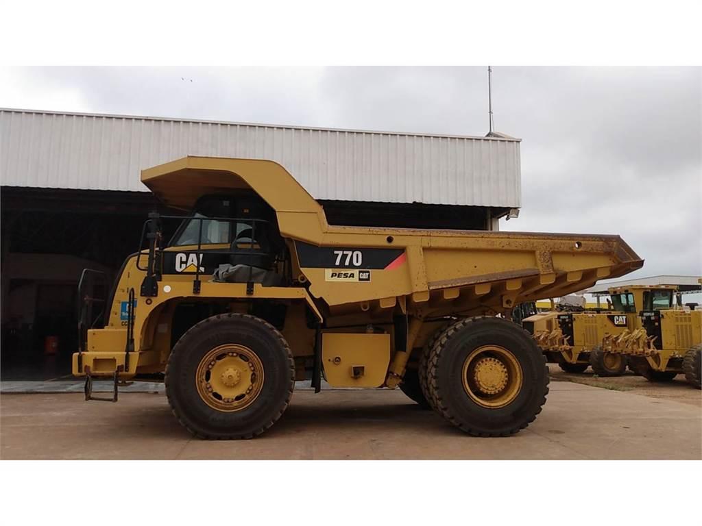 Caterpillar 770, Transportoare articulate, Constructii