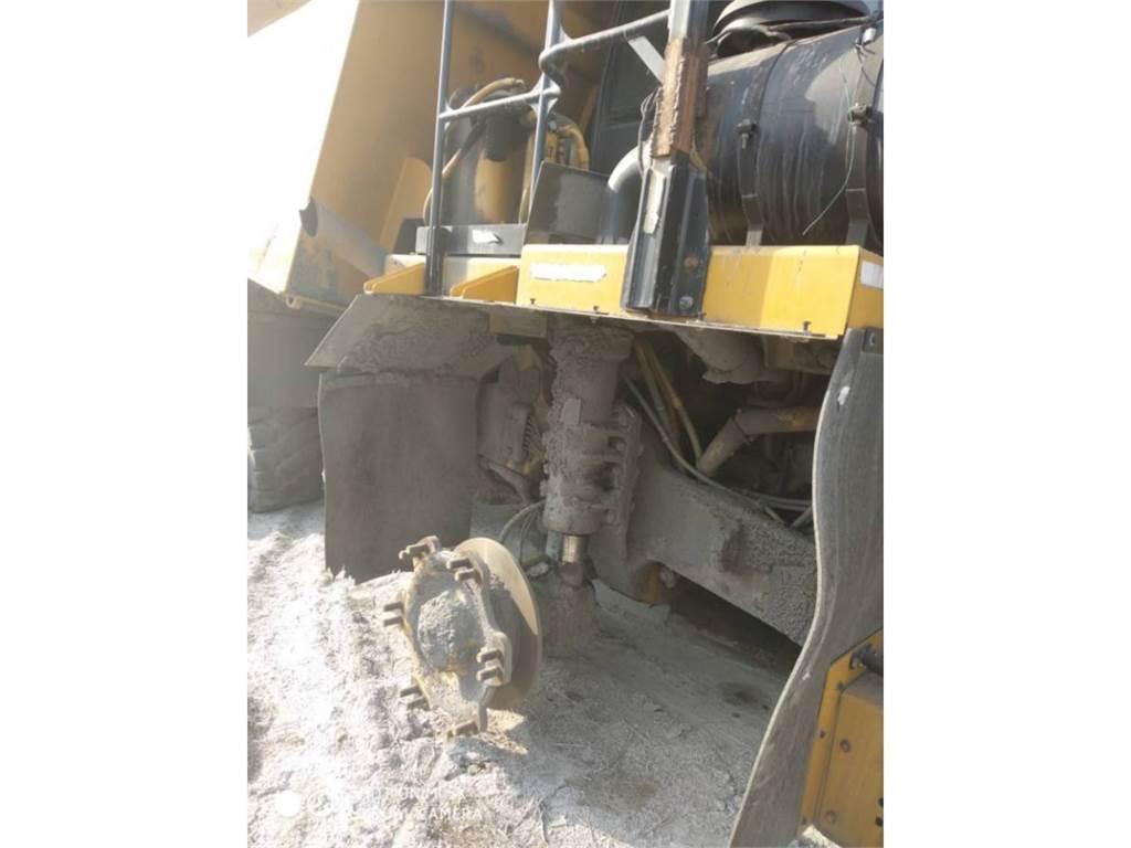 Caterpillar 772GLRC, Transportoare articulate, Constructii