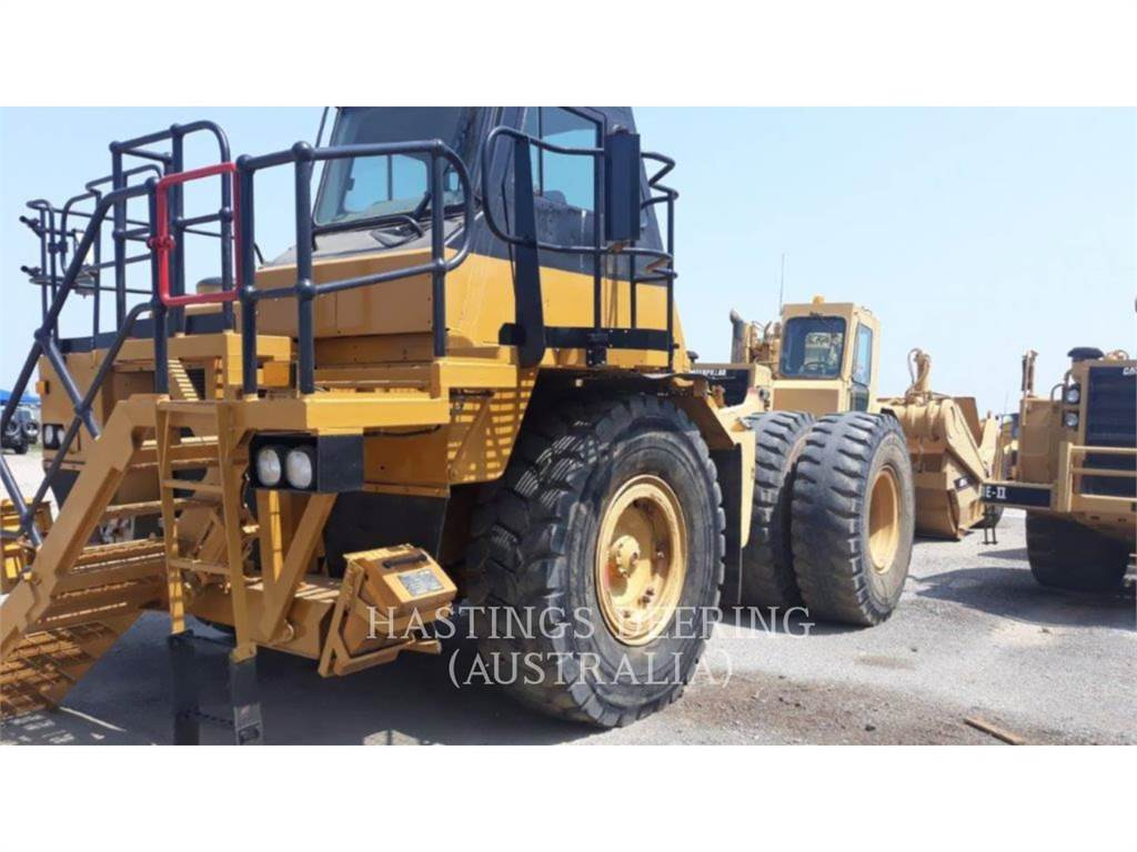 Caterpillar 775D, Transportoare articulate, Constructii