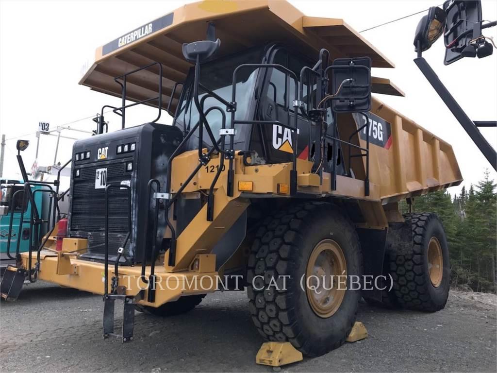 Caterpillar 775G, Knik dumptrucks, Bouw