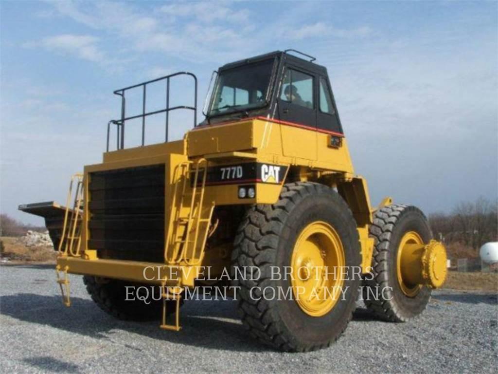 Caterpillar 777D、アーティキュレート式ダンプトラック、建設