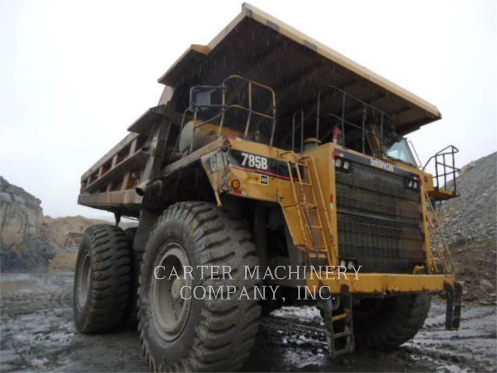 Caterpillar 785B、アーティキュレート式ダンプトラック、建設