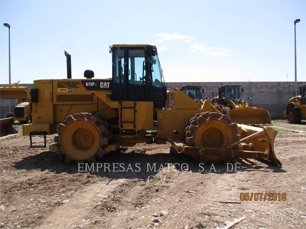 Caterpillar 815FII、垃圾压实机、建筑设备