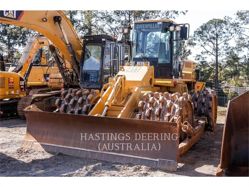 Caterpillar 815FII, Waste Compactors, Construction