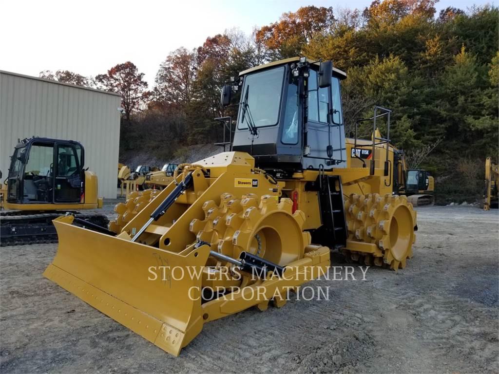 Caterpillar 815K, Compactadores, Construcción