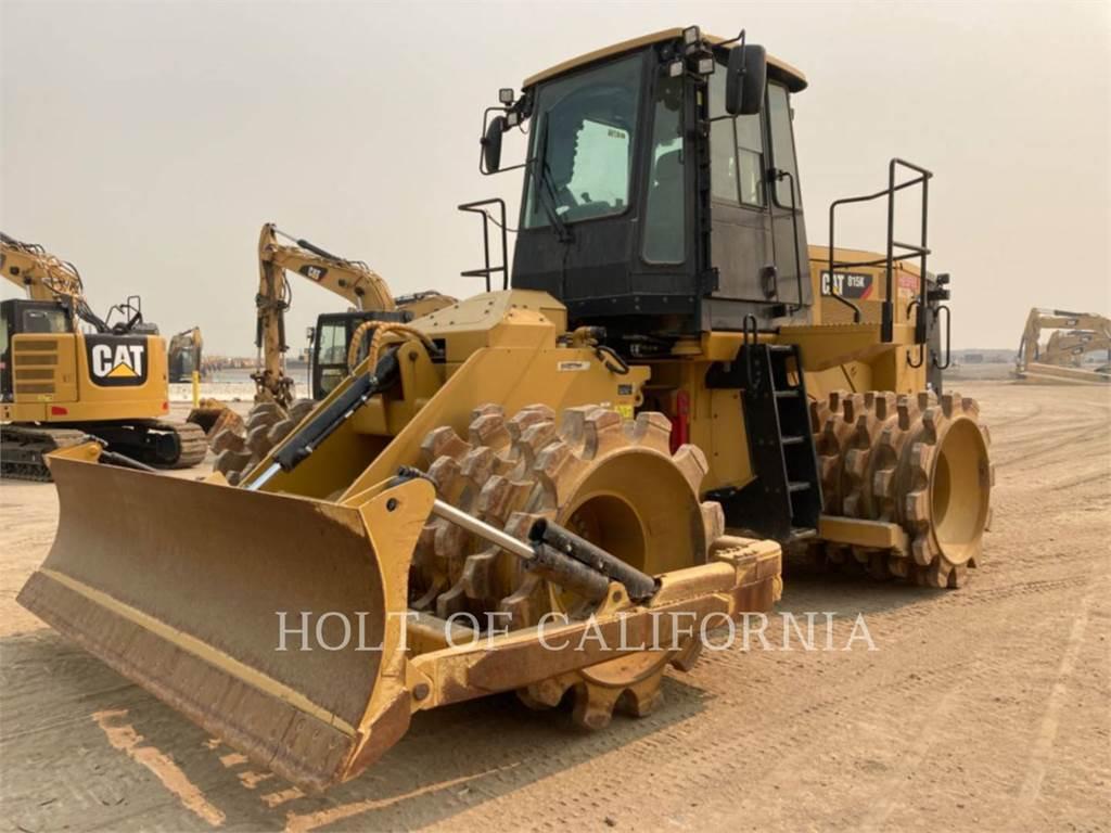 Caterpillar 815K、ソイルコンパクター、建設