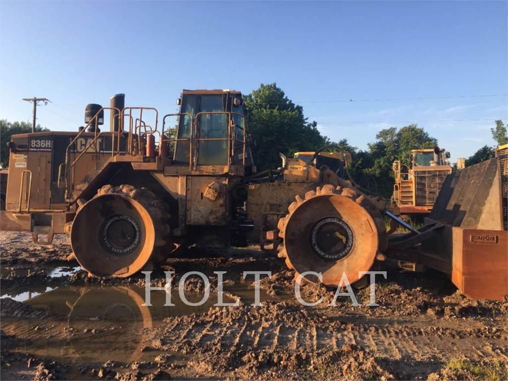 Caterpillar 836H、ソイルコンパクター、建設