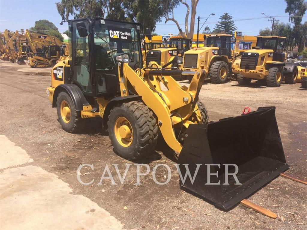 Caterpillar 906M、ホイールローダー、建設