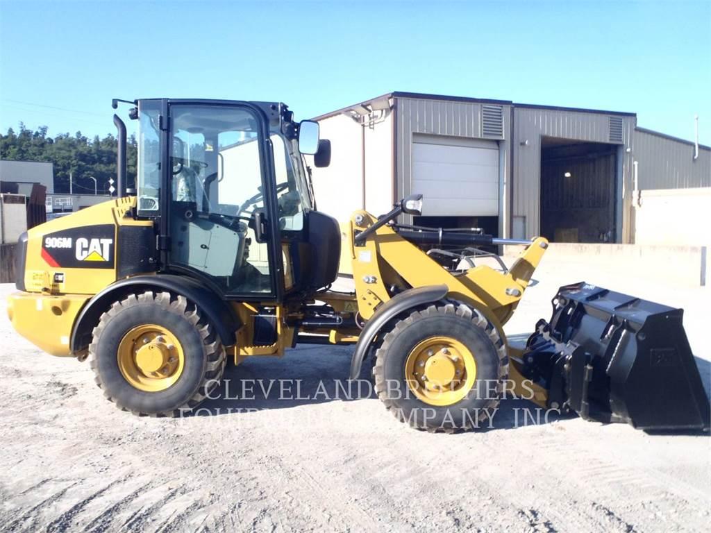 Caterpillar 906M, Cargadoras sobre ruedas, Construcción
