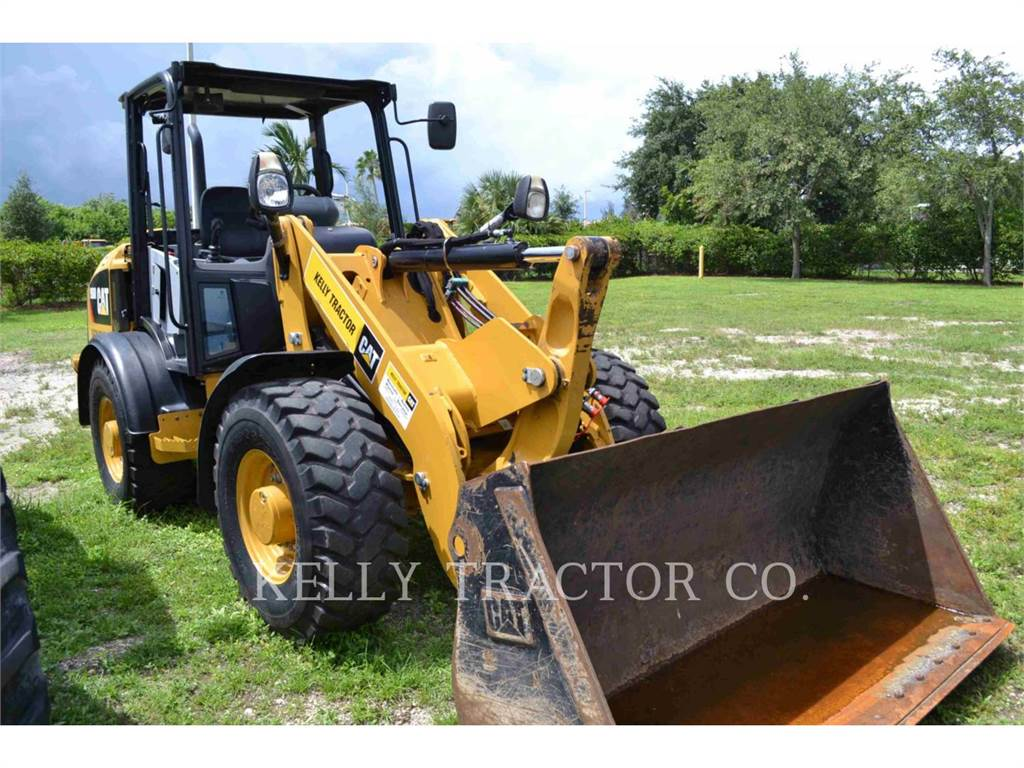 Caterpillar 906M, Wheel Loaders, Construction