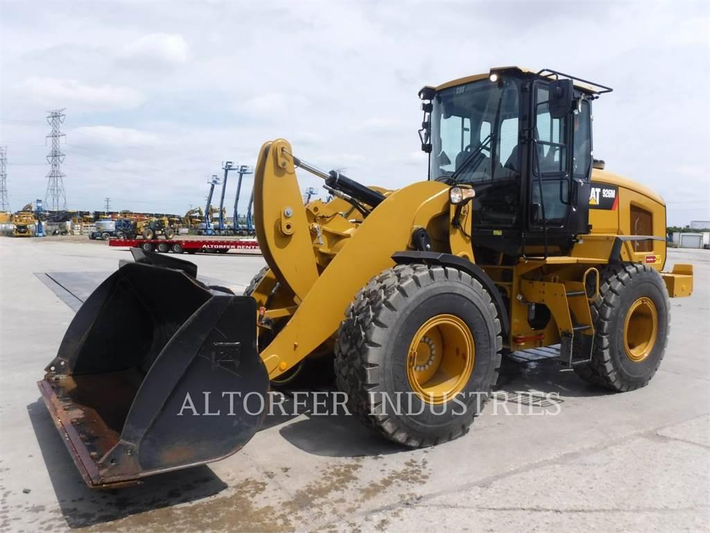 Caterpillar 926M, Incarcator pe pneuri, Constructii