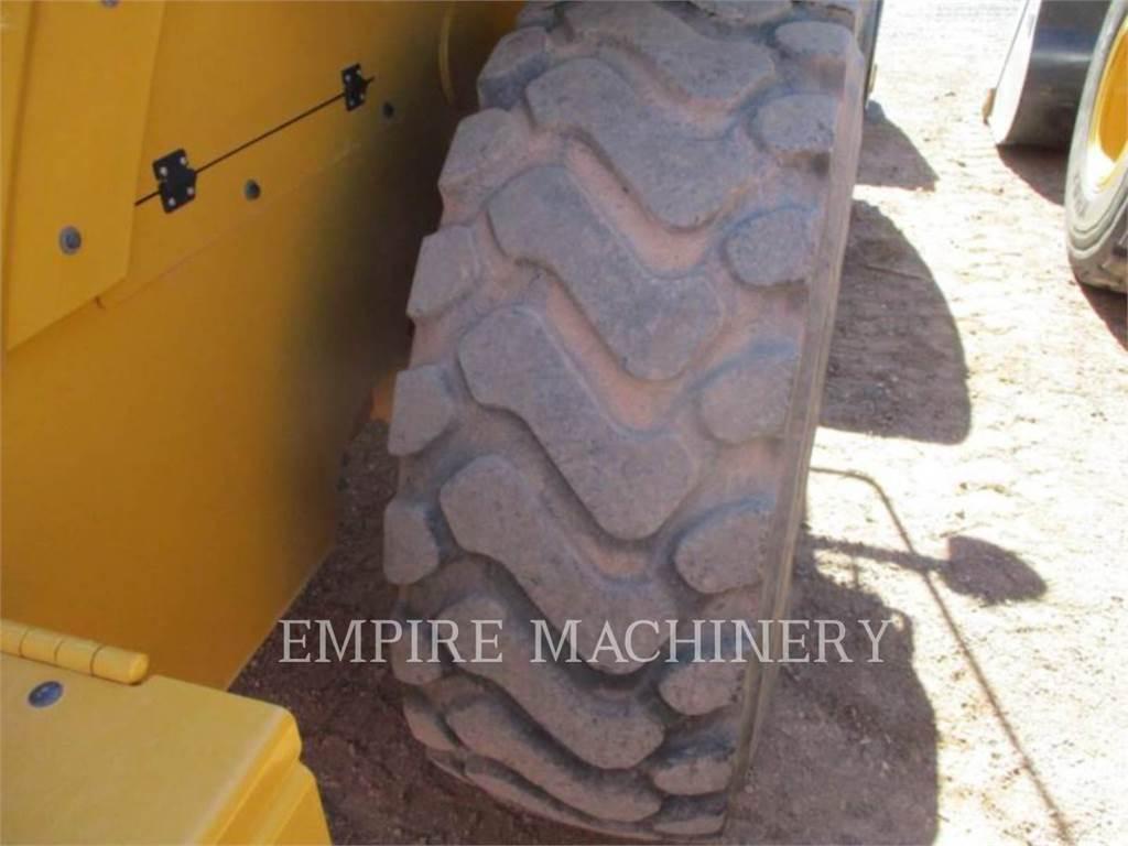 Caterpillar 926M FC, Cargadoras sobre ruedas, Construcción