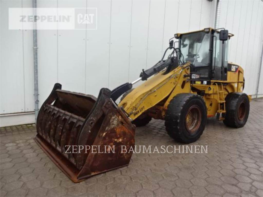 Caterpillar 930H, Wielladers, Bouw