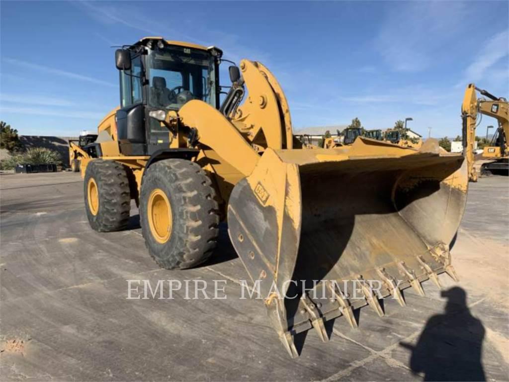 Caterpillar 930K, Wielladers, Bouw