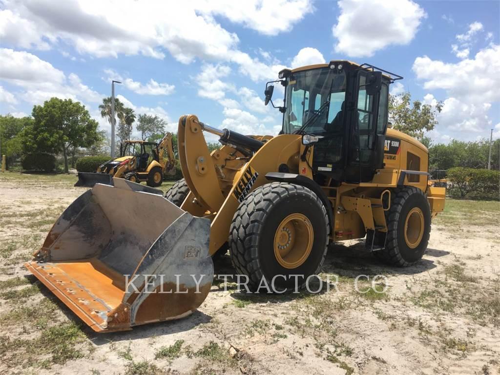Caterpillar 930M, Wielladers, Bouw