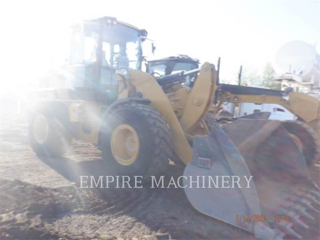 Caterpillar 930M FC、轮式装载机、建筑设备