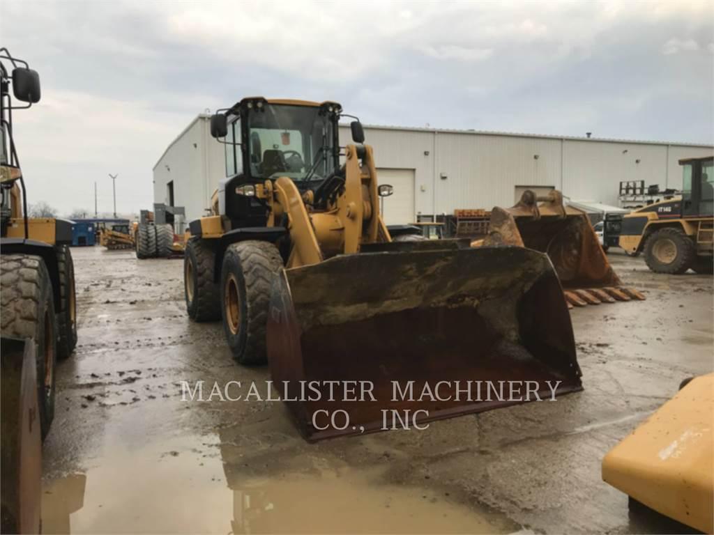 Caterpillar 938K, Cargadoras sobre ruedas, Construcción