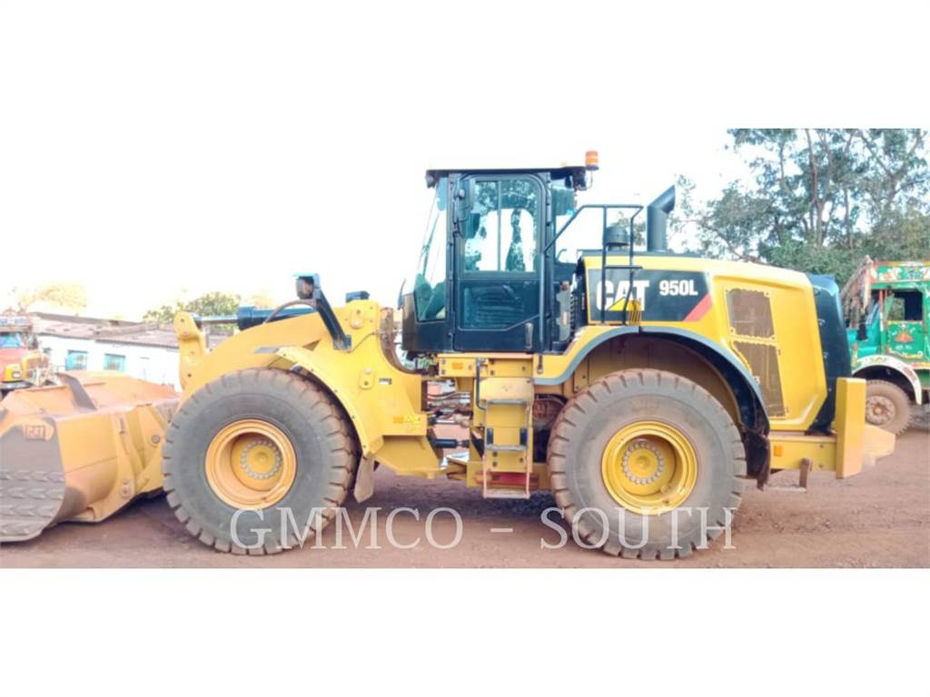Caterpillar 950L, Wielladers, Bouw