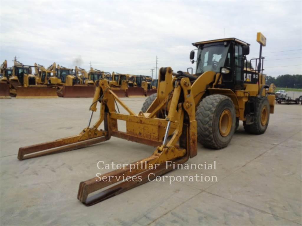 Caterpillar 962K, Cargadoras sobre ruedas, Construcción