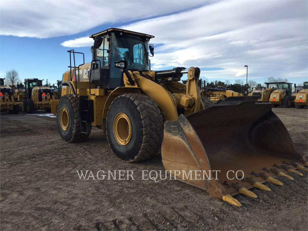 Caterpillar 966M, Wheel Loaders, Construction