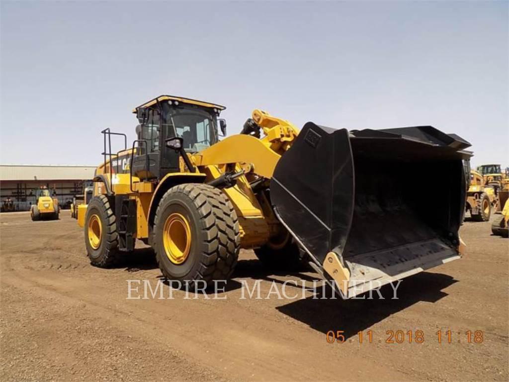 Caterpillar 966M, Cargadoras sobre ruedas, Construcción
