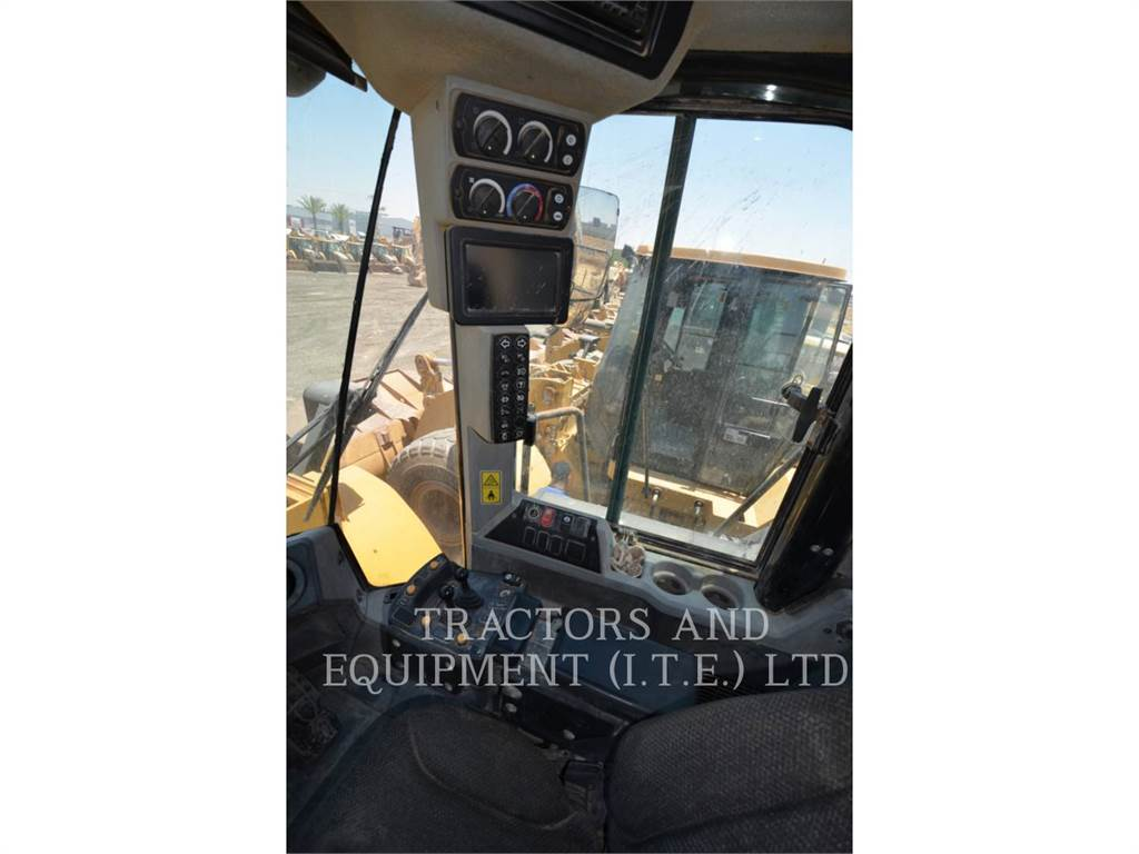 Caterpillar 966MXE, Wheel Loaders, Construction