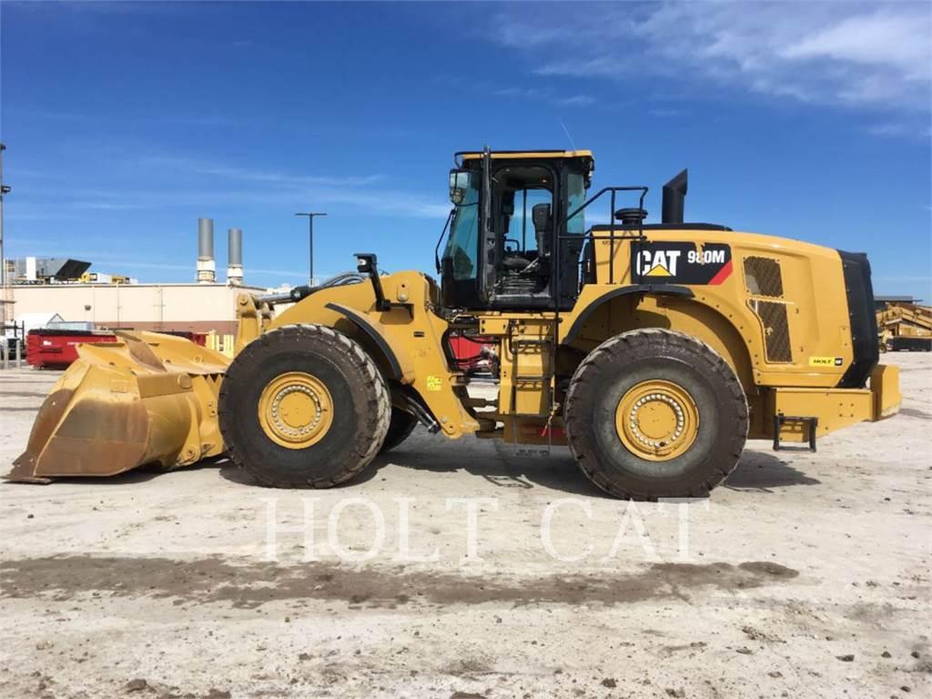Caterpillar 980M, Incarcator pe pneuri, Constructii