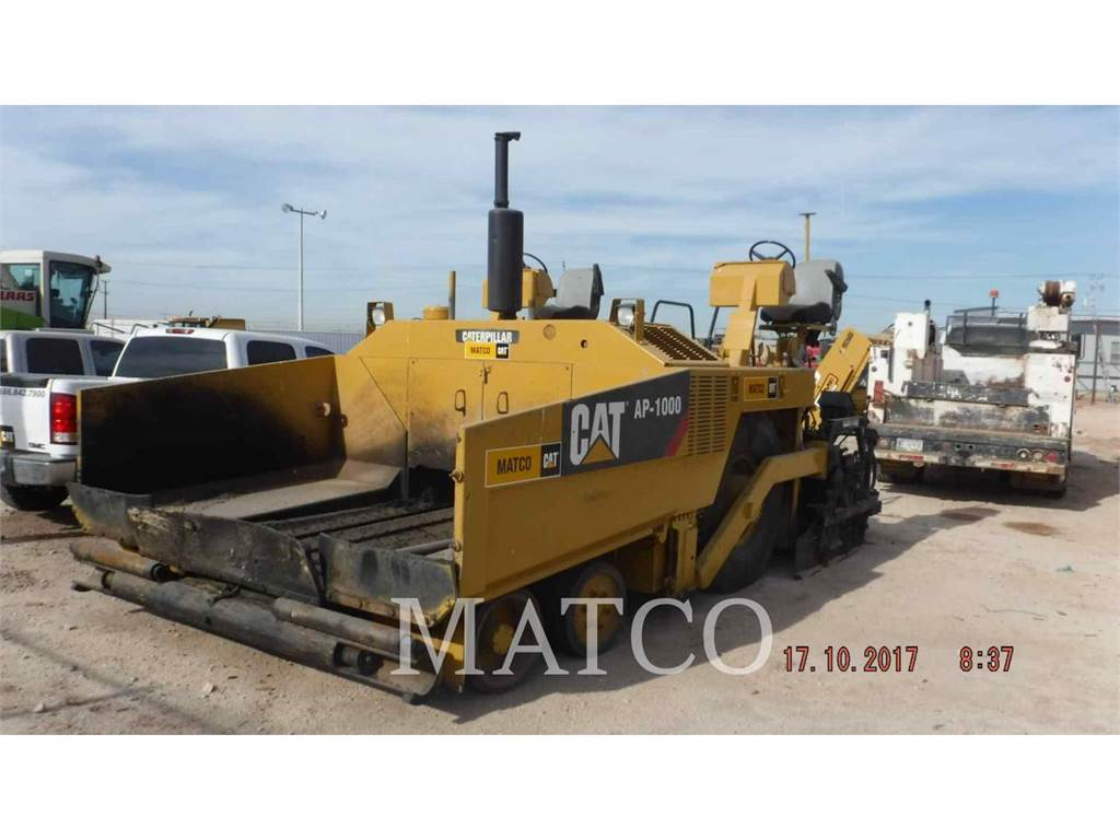 Caterpillar AP-1000、アスファルトフィニッシャ、建設