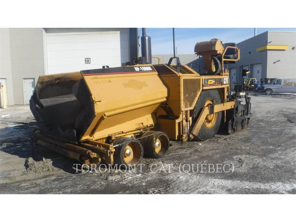 Caterpillar AP-1000B、アスファルトフィニッシャ、建設