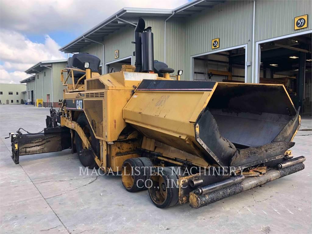 Caterpillar AP-1000D, Asfaltadoras, Construcción