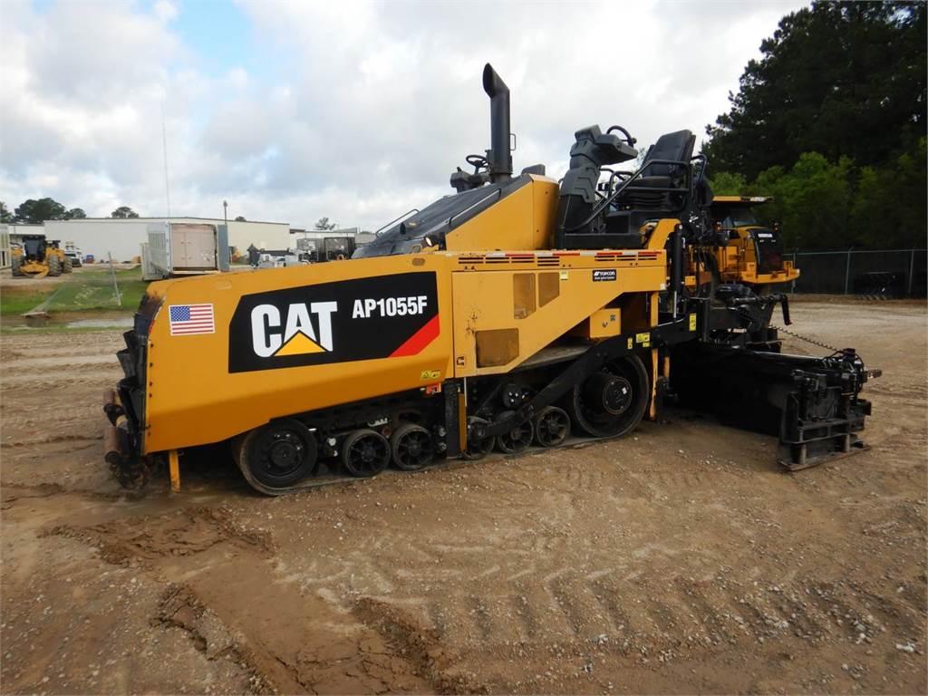 Caterpillar AP 1055 F, Strassenfertiger, Bau-Und Bergbauausrüstung
