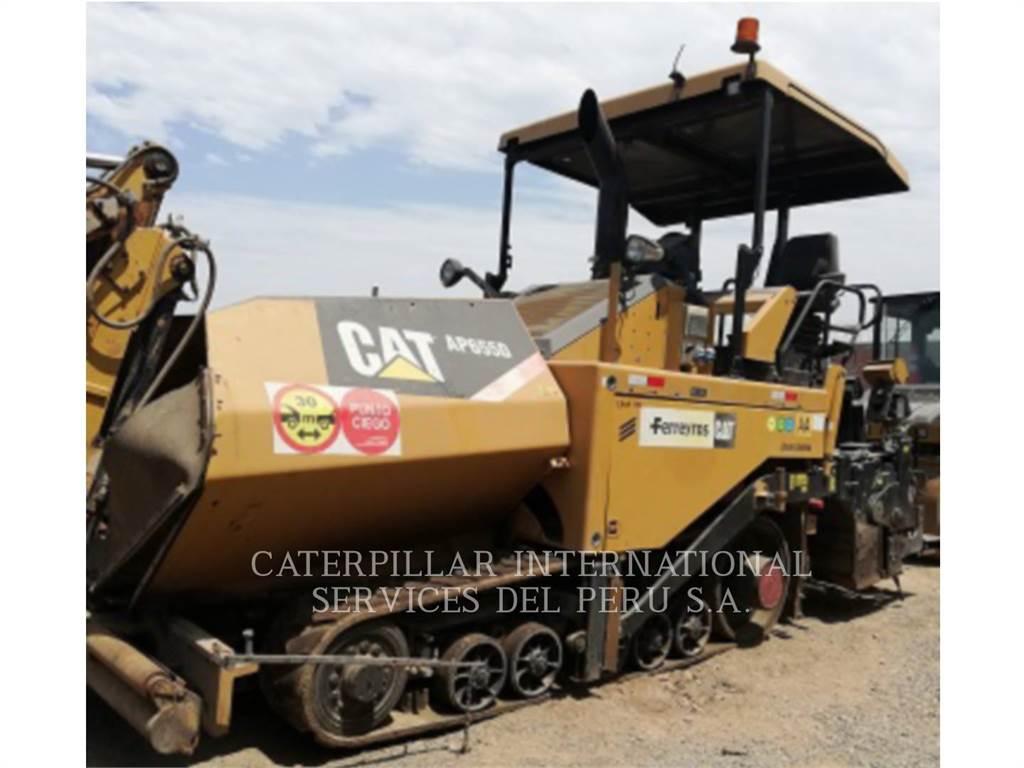 Caterpillar AP-655D, Pavimentadoras de asfalto, Equipamentos Construção