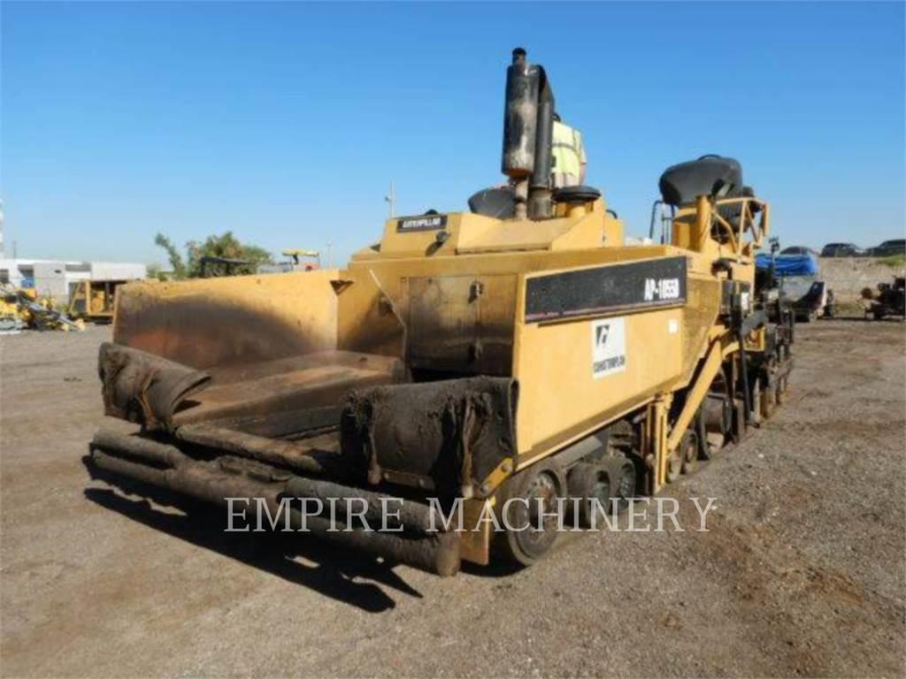 Caterpillar AP1055D, Pavatoare asfalt, Constructii