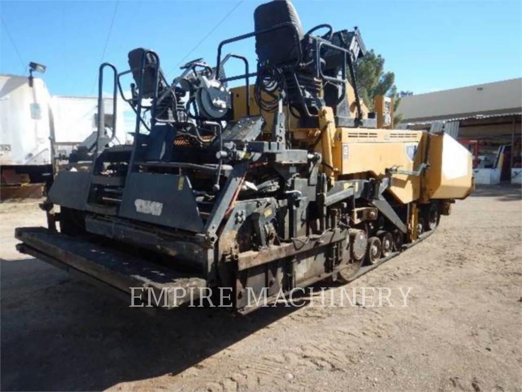 Caterpillar AP1055E, Asfaltadoras, Construcción