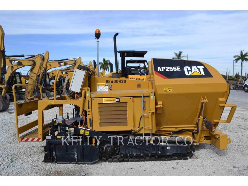 Caterpillar AP255E, Rozściełacze do asfaltu, Sprzęt budowlany