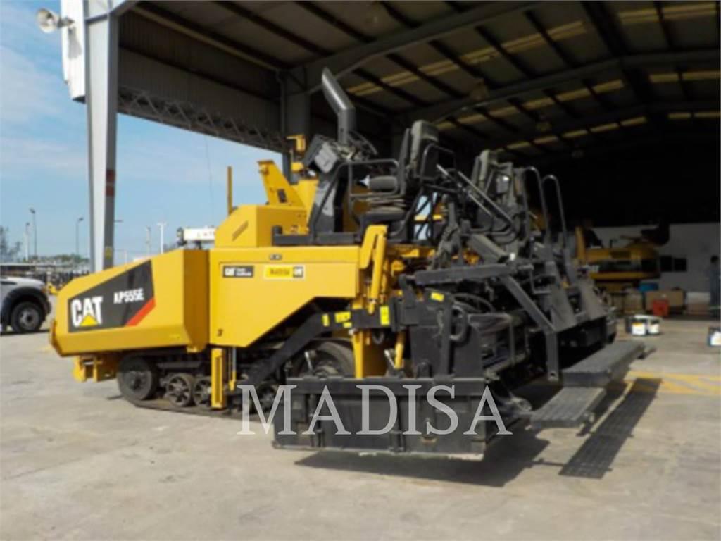 Caterpillar AP555E, Asfaltafwerkmachines, Bouw