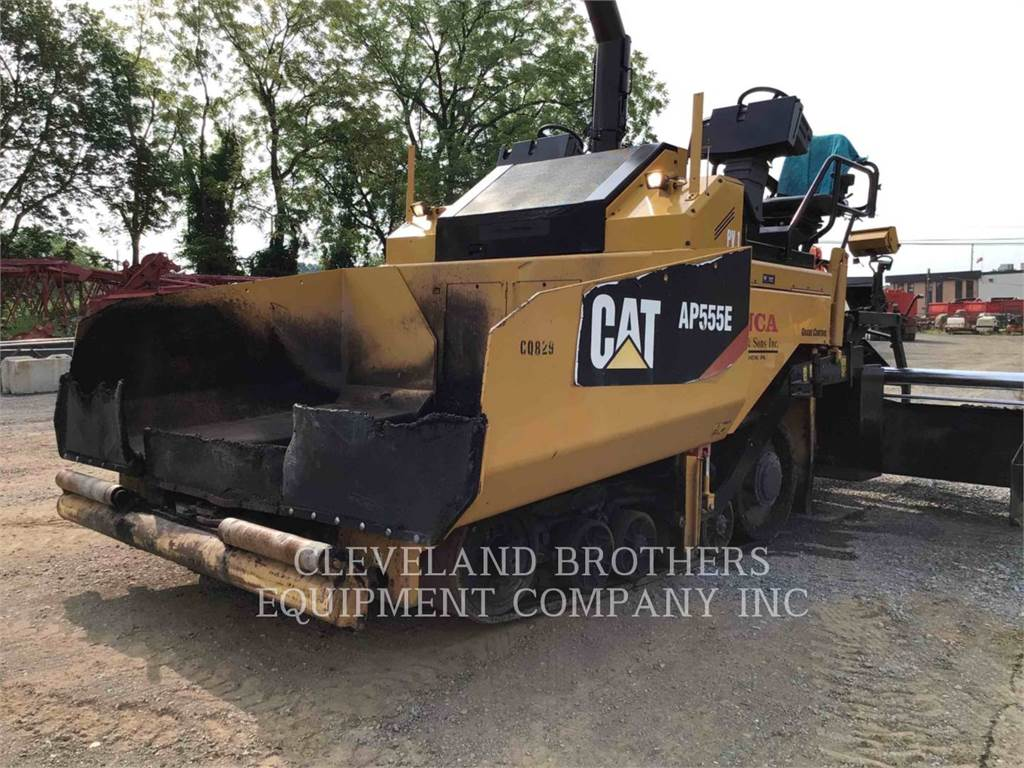 Caterpillar AP555E, Asphalt and Tar Sprayers and Sealers, Construction