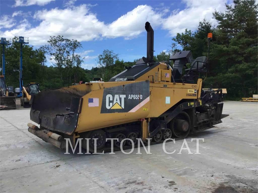 Caterpillar AP655D, Pavatoare asfalt, Constructii