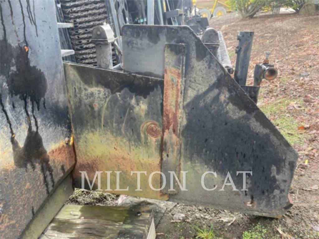 Caterpillar AS2302C, asphalt screed, Construction