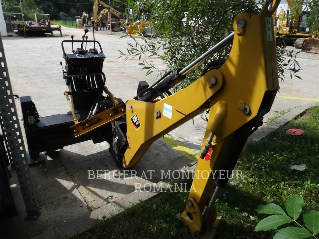 Caterpillar BH27, backhoe work tool, Construction