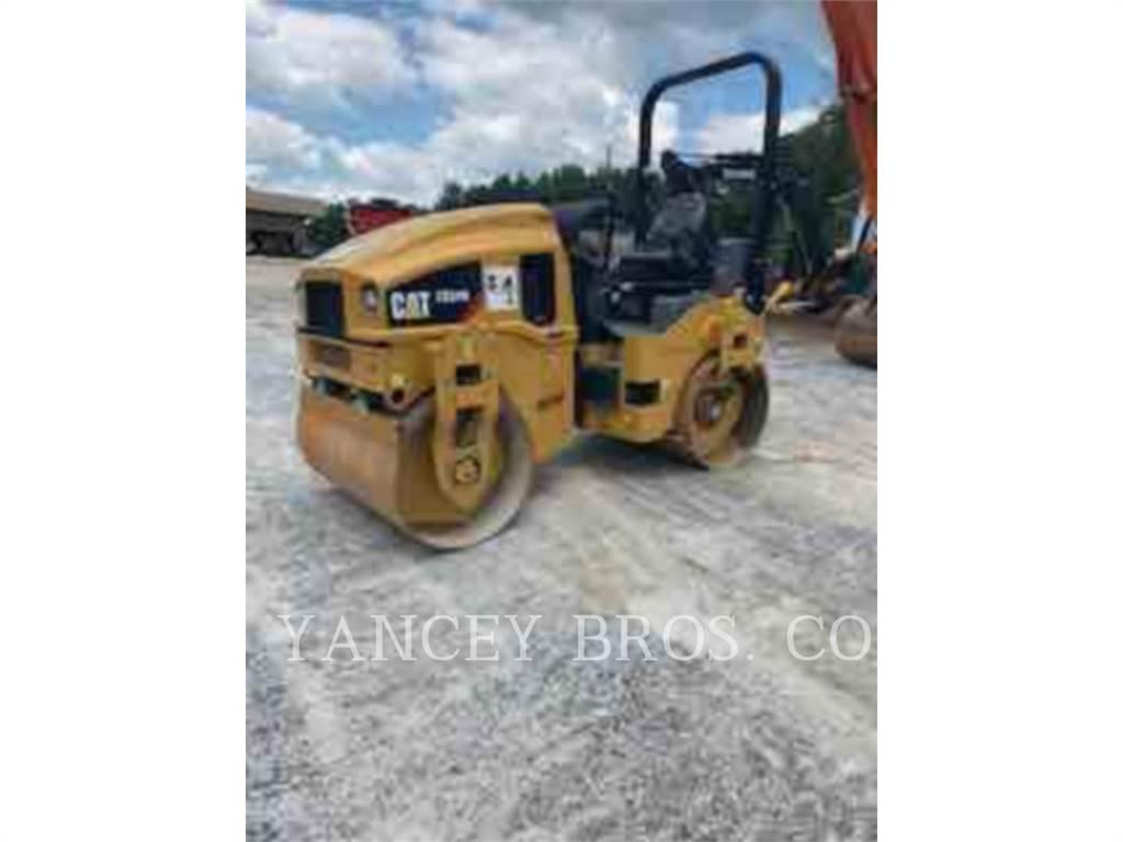 Caterpillar CB 34 B, Twin drum rollers, Construction