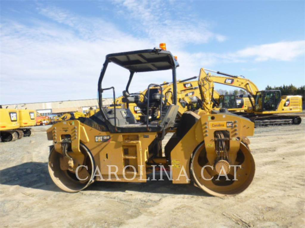 Caterpillar CB10, Compactors, Construction