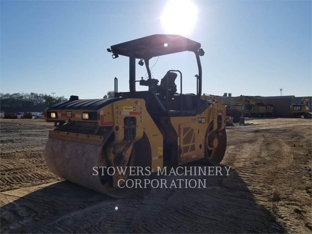 Caterpillar CB10, Compacteurs, Équipement De Construction